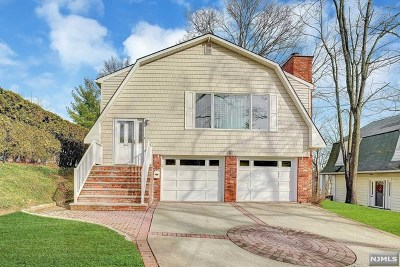 Hackensack Single Family Home Under Contract: 366 Hamilton Place