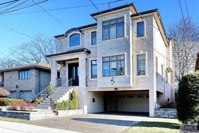 Fort Lee NJ Single Family Home Under Contract: $1,395,000
