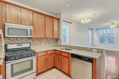 Passaic County Condo/Townhouse Under Contract: 410 Howe Avenue #15