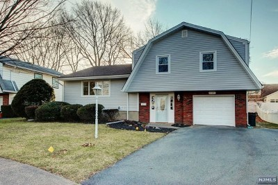 Fair Lawn Single Family Home Under Contract: 4-48 Bryant Place