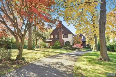 Tenafly Single Family Home Under Contract: 152 Highwood Avenue