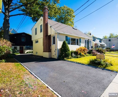 Bergenfield Single Family Home Under Contract: 7 Irving Place