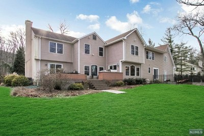Franklin Lakes Single Family Home Under Contract: 545 Reservoir Drive