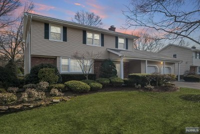 Ridgewood Single Family Home Under Contract: 439 Red Birch Court