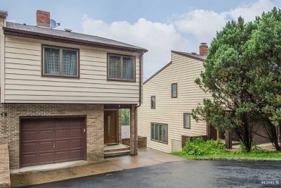 Hawthorne Single Family Home Under Contract: 15 Mary Street
