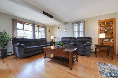 Bergenfield Single Family Home Under Contract: 10 Banta Place