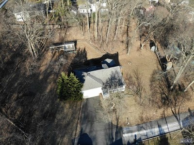 Bergen County Single Family Home Under Contract: 19 Hartel Lane