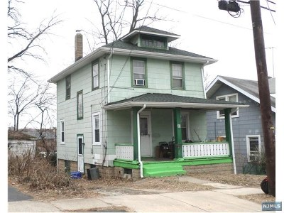 Hackensack Single Family Home Under Contract: 31 Emerald Street