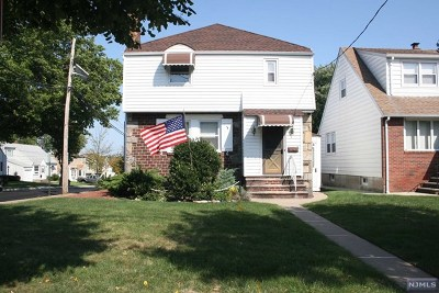 Passaic County Single Family Home Under Contract: 105 Merrill Road