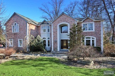 Woodcliff Lake Single Family Home Under Contract: 42 Berkshire Road
