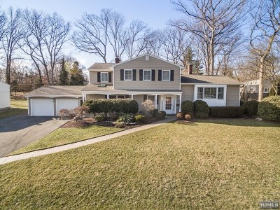 Passaic County Single Family Home Under Contract: 27 Bristol Place
