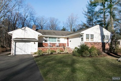 Wyckoff Single Family Home Under Contract: 437 Caldwell Drive