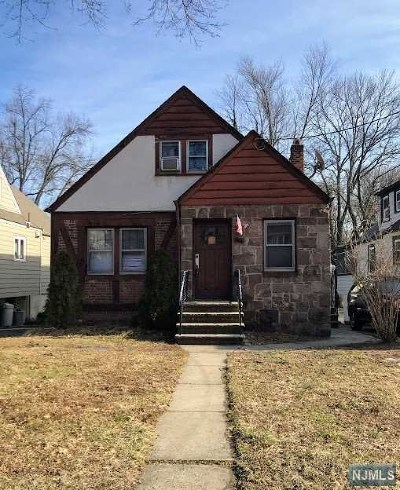 Essex County Single Family Home Under Contract: 697 Broad Street