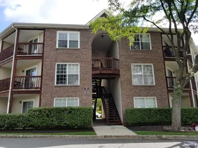 Fort Lee Condo/Townhouse Under Contract: 1530 Westgate Drive
