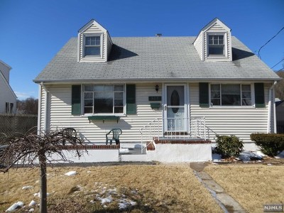 Pompton Lakes Single Family Home Under Contract: 927 Colfax Avenue