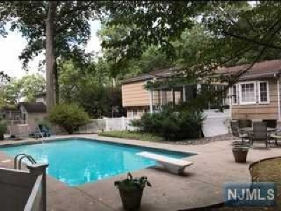 Bergen County Single Family Home Under Contract: 555 Forest Drive