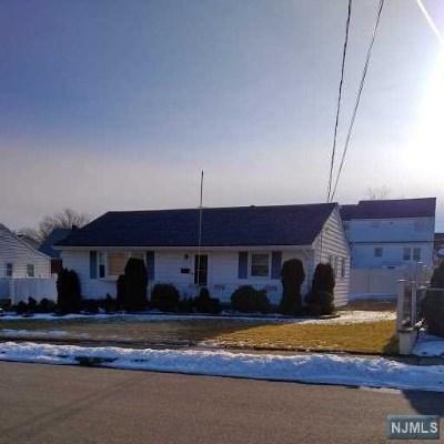 Totowa Single Family Home Under Contract: 187 Gordon Avenue