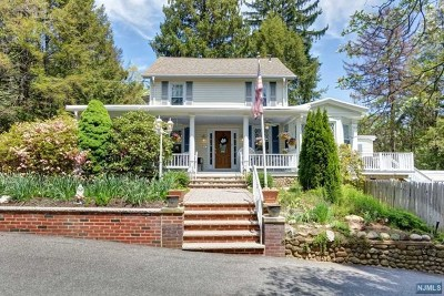 Hillsdale Single Family Home Under Contract: 290 Pascack Road