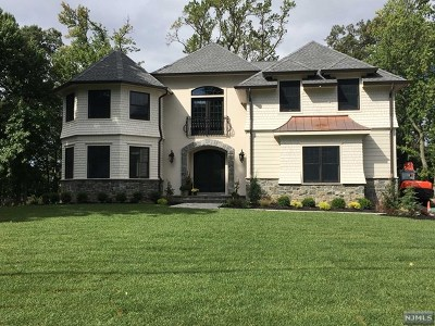 Essex County Single Family Home Under Contract: 47 Evergreen Drive