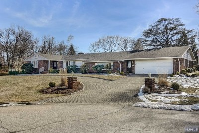 Passaic County Single Family Home Under Contract: 23 Hillcrest Drive