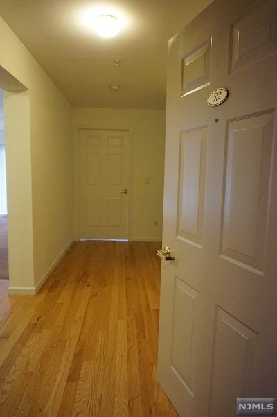 Morris County Condo/Townhouse Under Contract: 512 Cannella Way