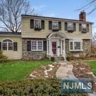 Essex County Single Family Home Under Contract: 636 Ridgewood Road
