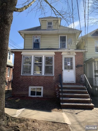 Ridgefield Park Multi Family 2-4 Under Contract: 17 Roosevelt Avenue