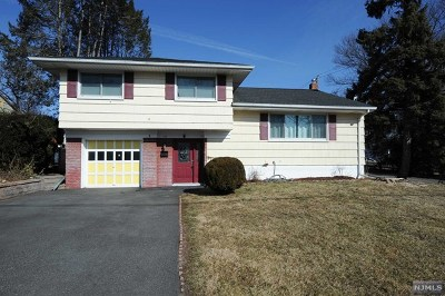 Bergenfield Single Family Home Under Contract: 75 Hillside Avenue