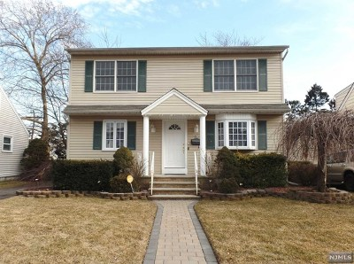 Passaic County Single Family Home Under Contract: 51 Elm Hill Road