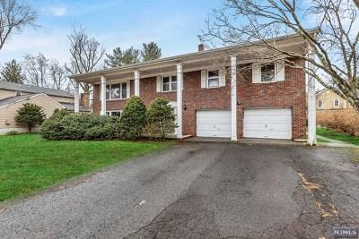 Tenafly Single Family Home Under Contract: 128 Oak Street