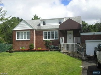 Passaic County Single Family Home Under Contract: 245 Rifle Camp Road