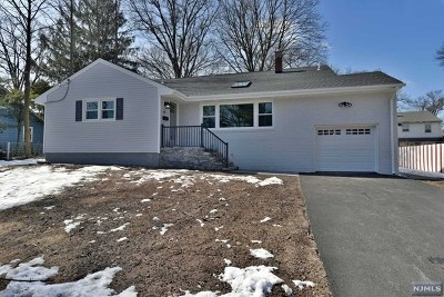 Bergenfield Single Family Home Under Contract: 20 North Vivyen Street