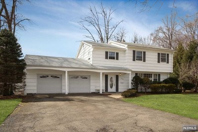Paramus Single Family Home Under Contract: 471 Tulane Court