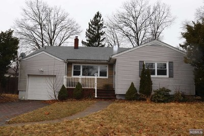New Milford Single Family Home Under Contract: 536 Plympton Street