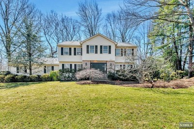 Woodcliff Lake Single Family Home Under Contract: 81 Kenwood Drive