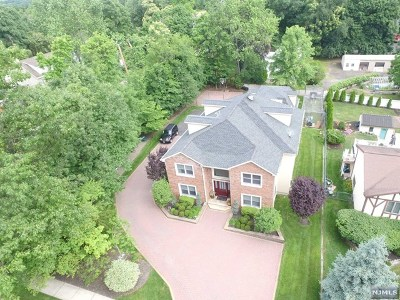 Wayne Single Family Home Under Contract: 2 Herfort Road