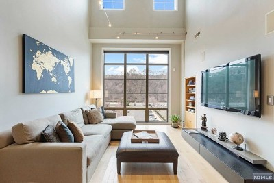 West New York Condo/Townhouse Under Contract: 26 Ave At Port Imperial #428