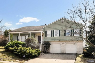 Leonia Single Family Home Under Contract: 476 Golf Course Drive