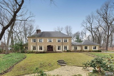 Franklin Lakes Single Family Home Under Contract: 211 Sagamore Lane
