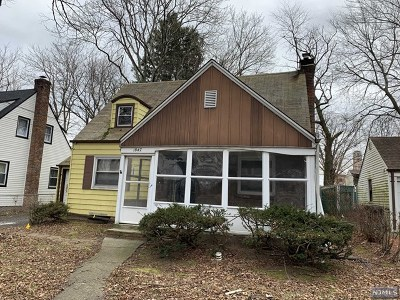 Teaneck Single Family Home Under Contract: 1847 Longview Court