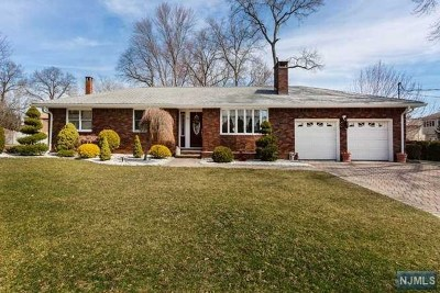 Paramus Single Family Home Under Contract: 277 Midwood Road