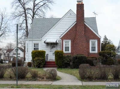 Bergenfield Single Family Home Under Contract: 71 Lilac Street