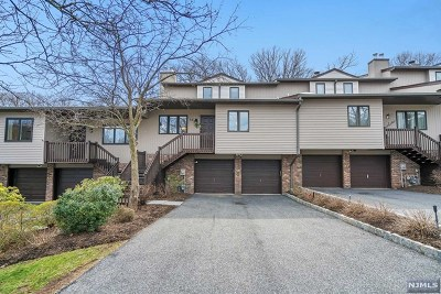 Ramsey Condo/Townhouse Under Contract: 56 Peach Hill Court