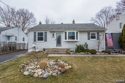 Pompton Lakes Single Family Home Under Contract: 1444 Madison Place