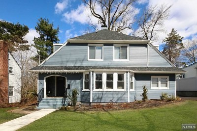 Teaneck Single Family Home Under Contract: 199 Colonial Court