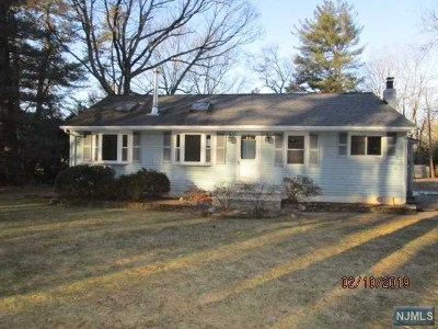 West Milford Single Family Home Under Contract: 153 Paradise Road