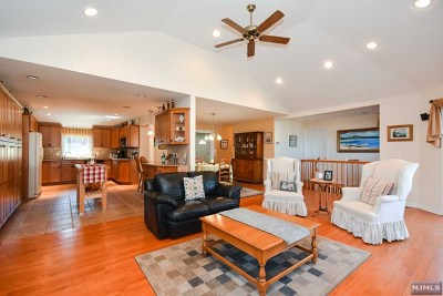 Wayne Single Family Home Under Contract: 228 French Hill Road