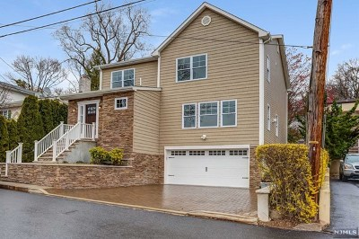 Ridgefield Single Family Home Under Contract: 779 Shetland Lane
