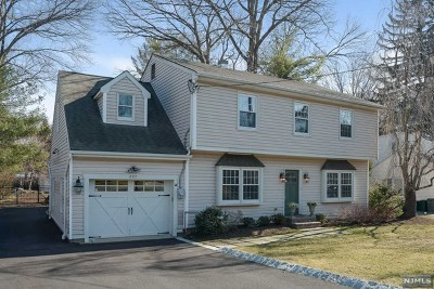 Franklin Lakes Single Family Home Under Contract: 227 Mabelann Avenue