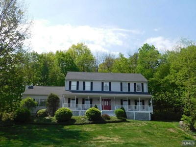 Morris County Single Family Home Under Contract: 1 Hidden Acres Drive